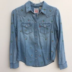 NWT Levi's Floral Embroidered Denim Shirt Blue XS
